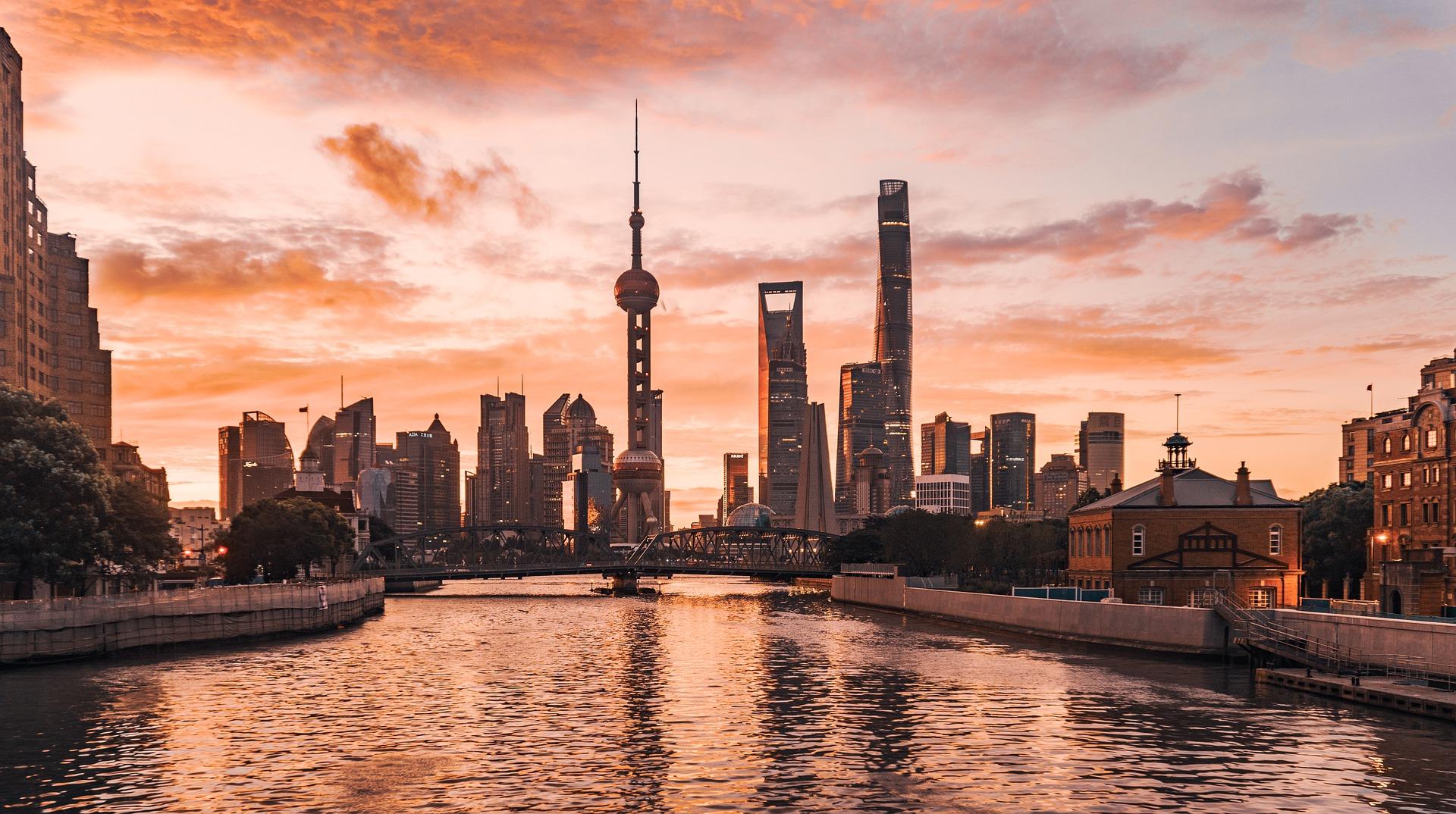 全人代「政府活動報告」から読み解く中国ビジネスの展望